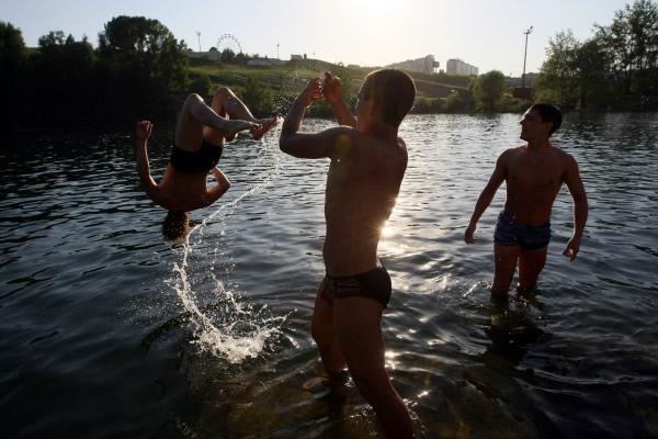 Аномально жаркая погода установилась в Новосибирске