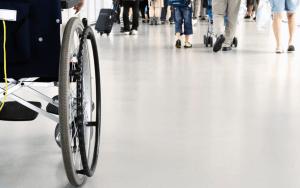 Родителям детей-инвалидов увеличат пособие