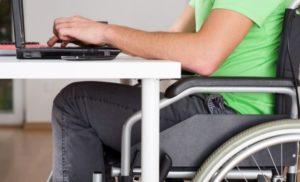 Бюджетным организациям поставят план по найму людей с инвалидностью