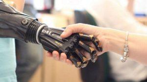 Российские инженеры создали механическую руку для помощи инвалидам
