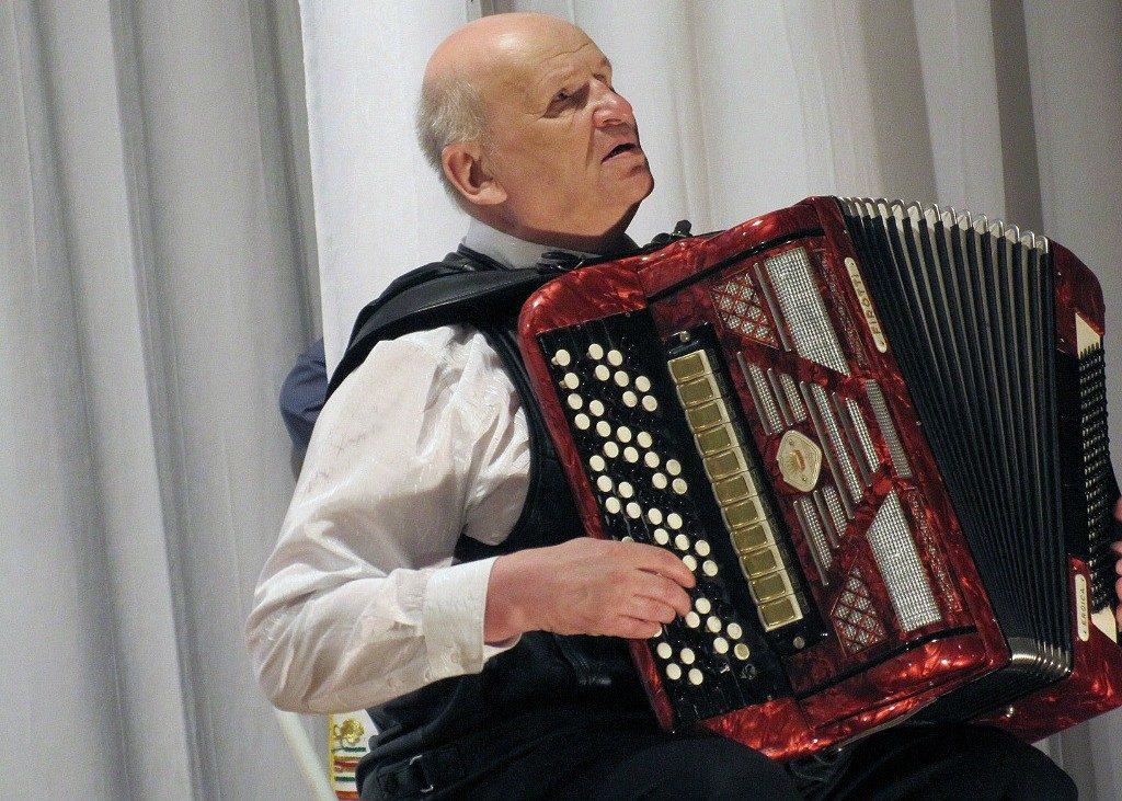 Виктор Куратов: «Музыка – основное дело, которым я занимаюсь весь световой день»
