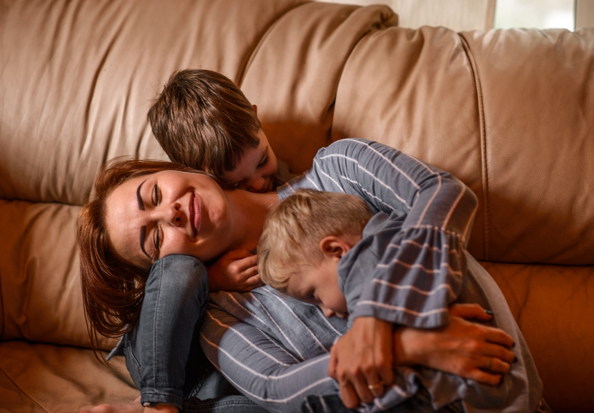 Дома с особенным ребёнком: как помочь себе и малышу пережить самоизоляцию