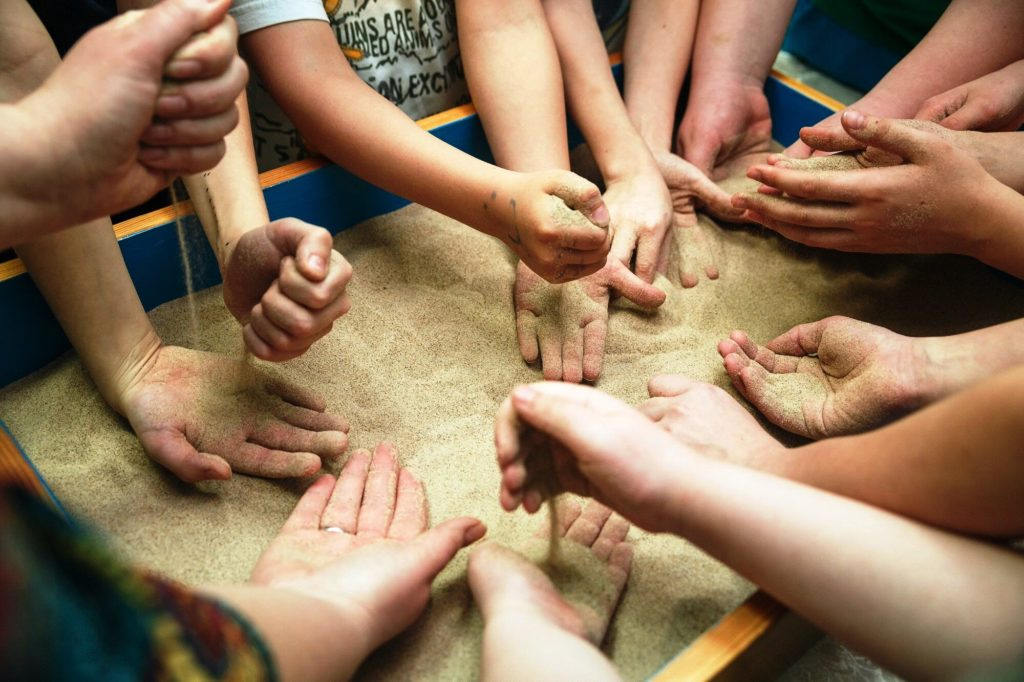О новых комплексных методах реабилитации детей в больницах: как сегодня меняется подход к лечению