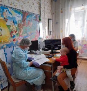 В Кузбассе продолжается выездная диагностика заболеваний сердца у детей
