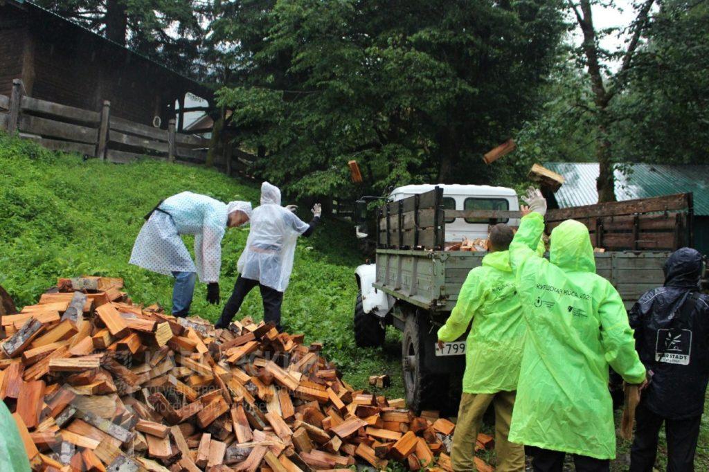 Школа инклюзивной жизни: на Кавказе прошла уникальная волонтёрская экспедиция
